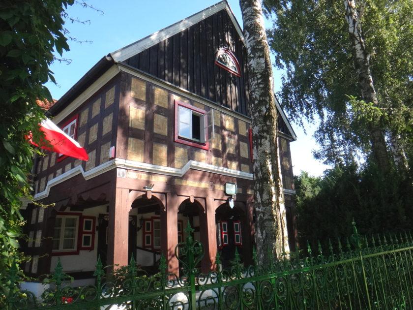 Dom podcieniowy w miejscowości Żuławki