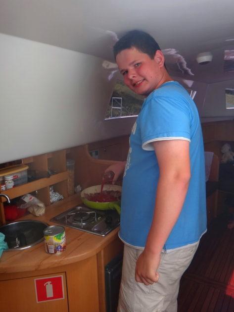 Wnętrze hausbota - kuchnia (kambuz)