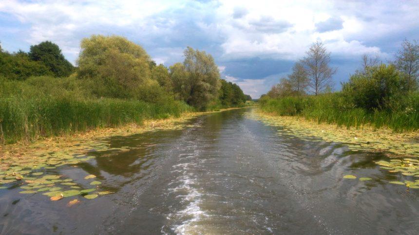 Kanał Oberlandzki z pokładu hausbota
