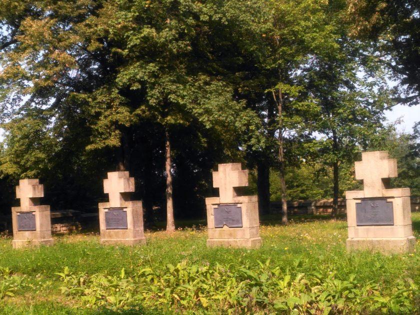 Góra cmentarna w Gorlicach.