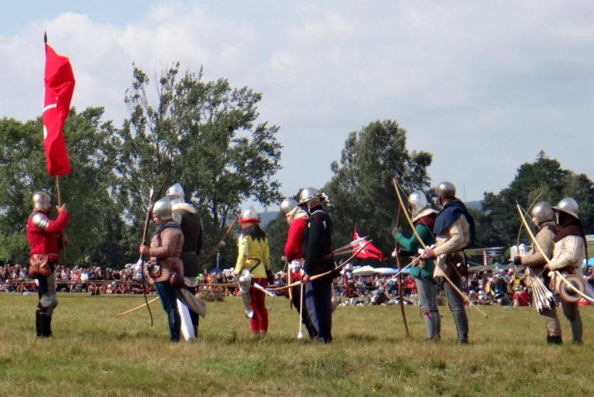 Inscenizacja bitwy pod Grunwaldem. Łucznicy.