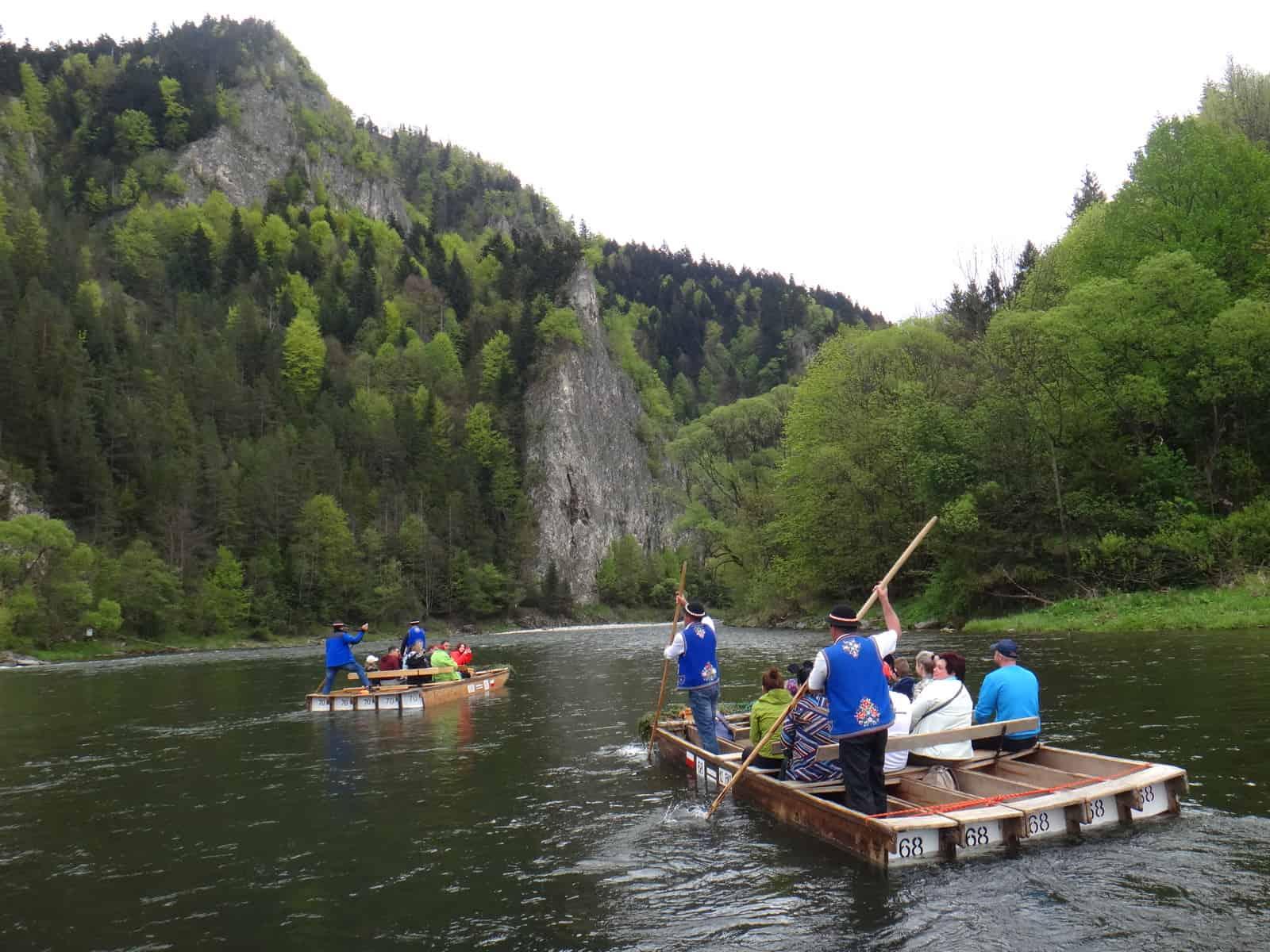 Turystyczna Rodzinka na spływie Dunajcem
