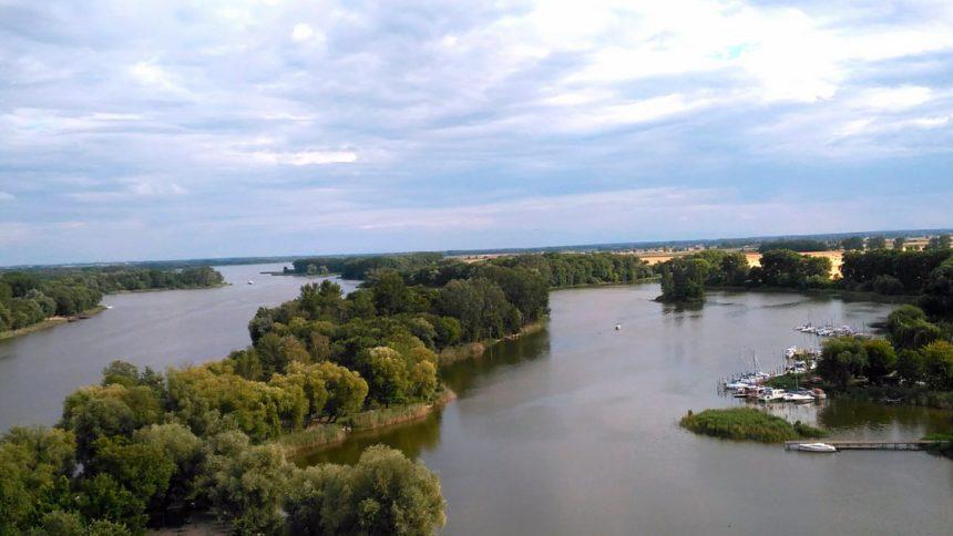 Widok z Mysiej Wieży w Kruszwicy.