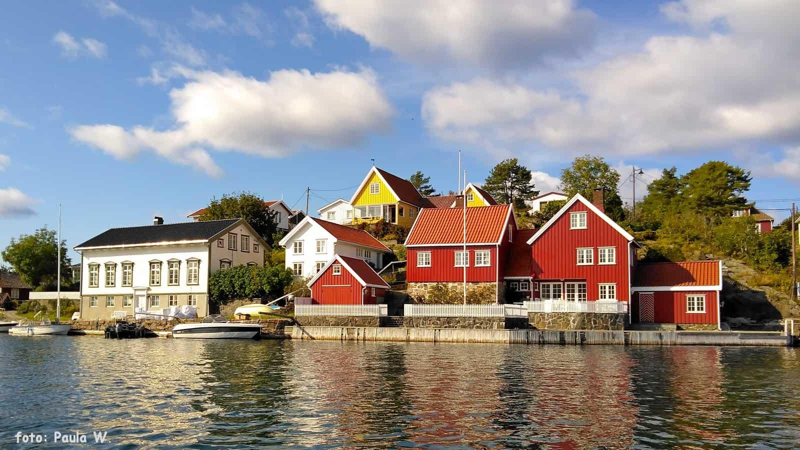 Norweska Riwiera - kolorowe domeczki.