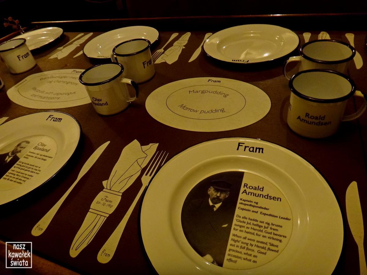 Nakrycie stołu do Wigilii 1920 na Fram.