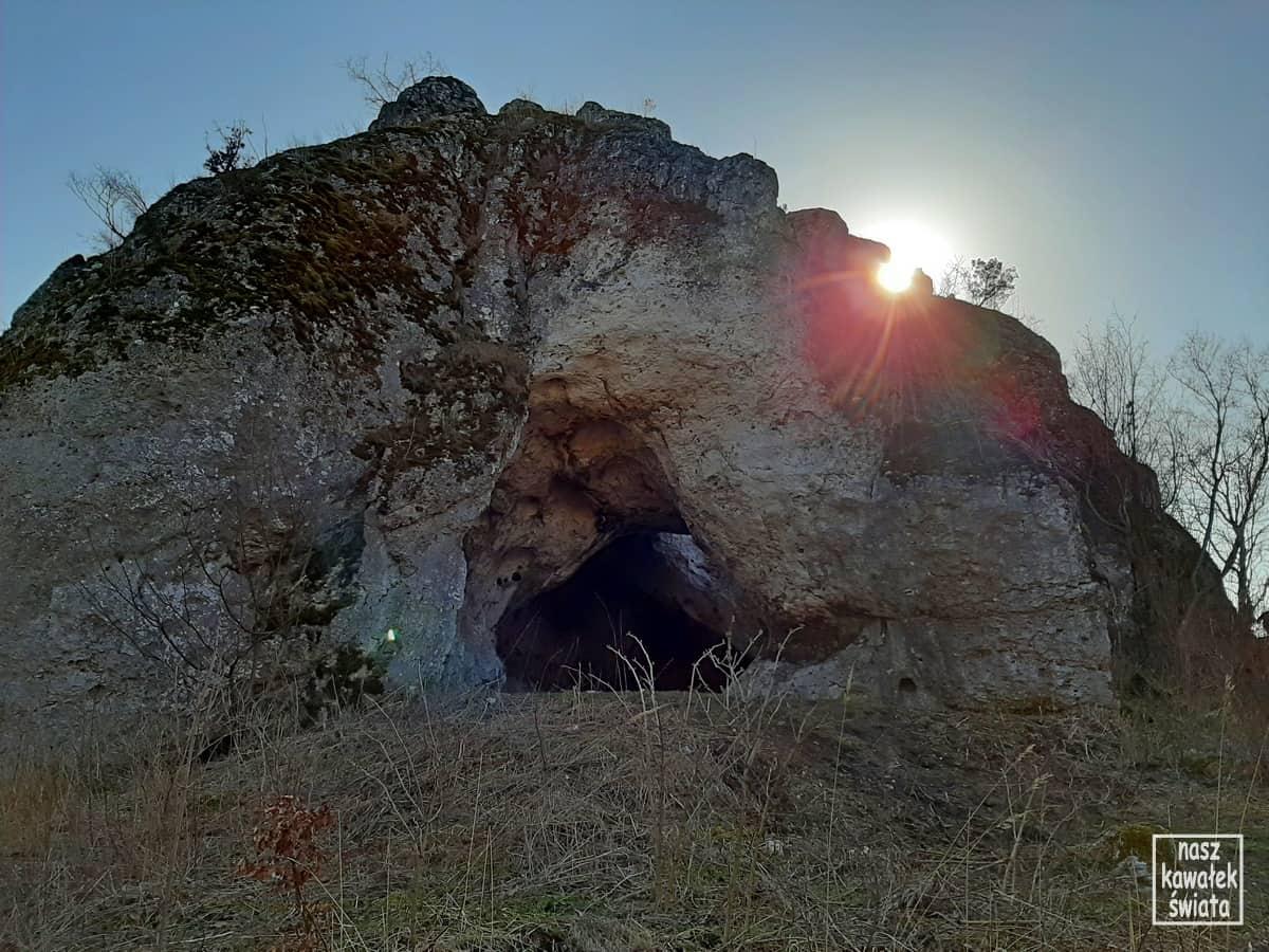 Jaskinia Jasna koło Smolenia.
