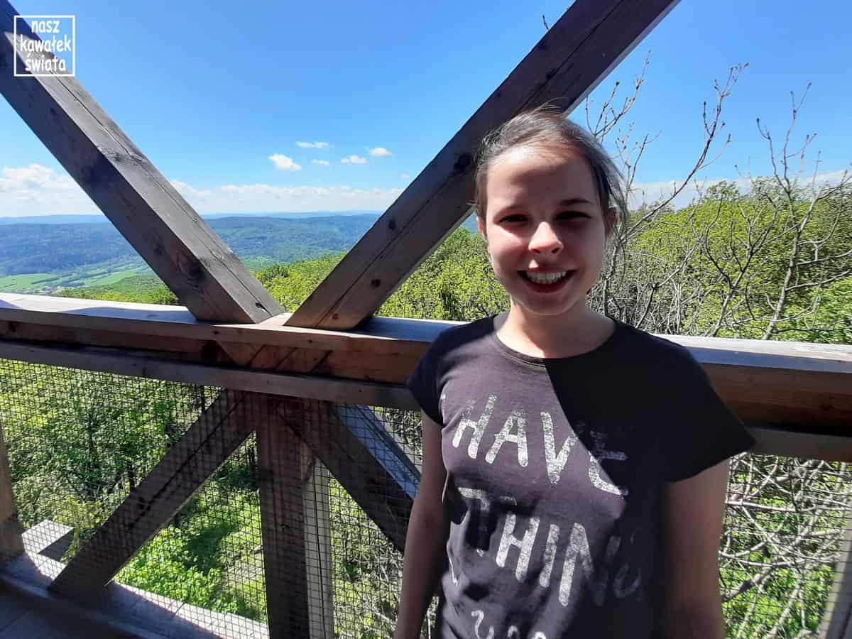 Na wieży widokowej na górze Cergowa.