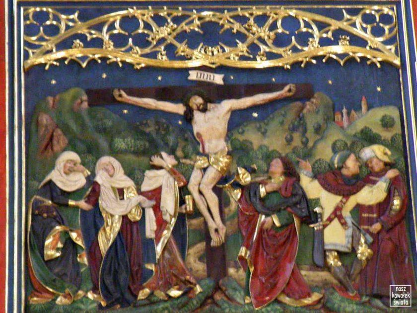 Ołtarz Wita Stwosza po renowacji - ukrzyżowanie