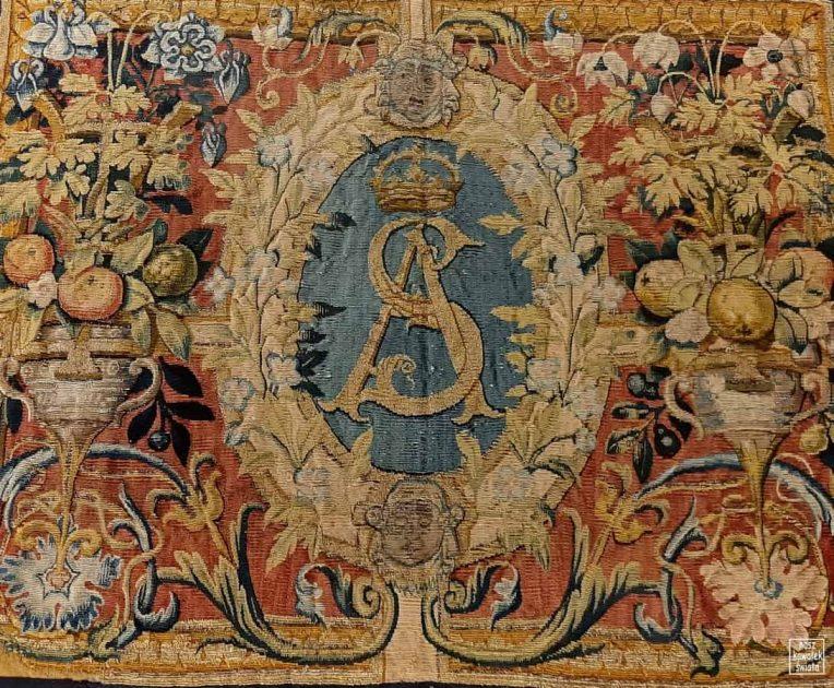 Arrasy wawelskie - monogram