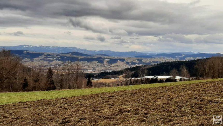 Przełęcz pomiędzy Babia Górą, a Jworzem