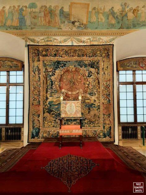 Arras w sali tronowej